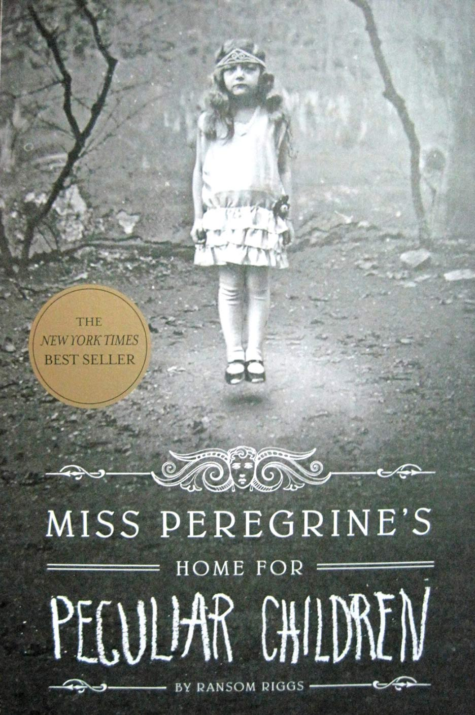 Miss Peregrine's Home for Peculiar Children Trailer - Book Cover