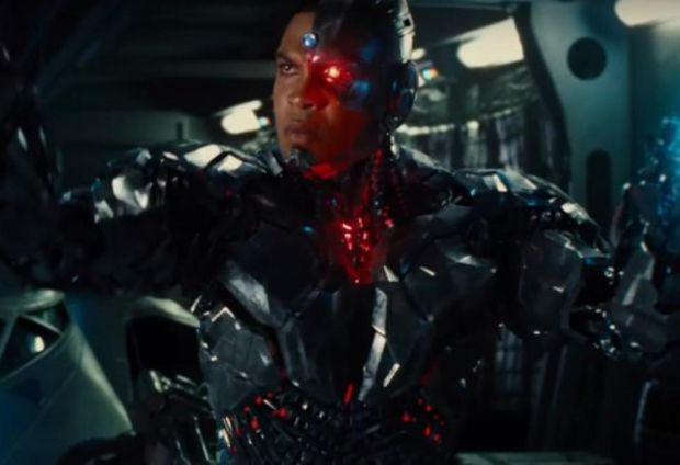"Zack Snyder: Cyborg Story ""The Heart"" of Justice League"