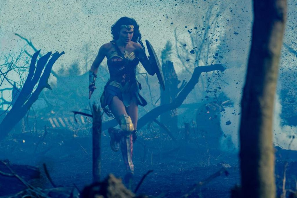 Wonder Woman Set PHoto
