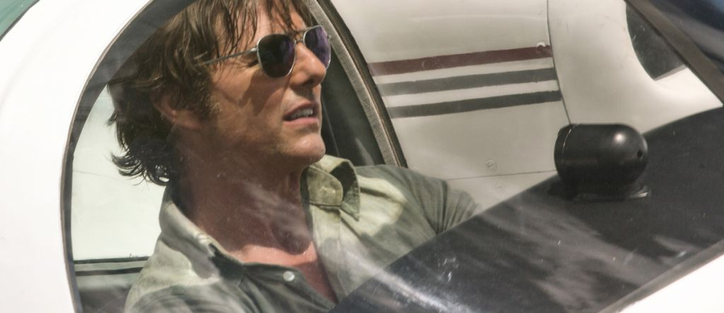 Tom Cruise in American Made Plane Scene