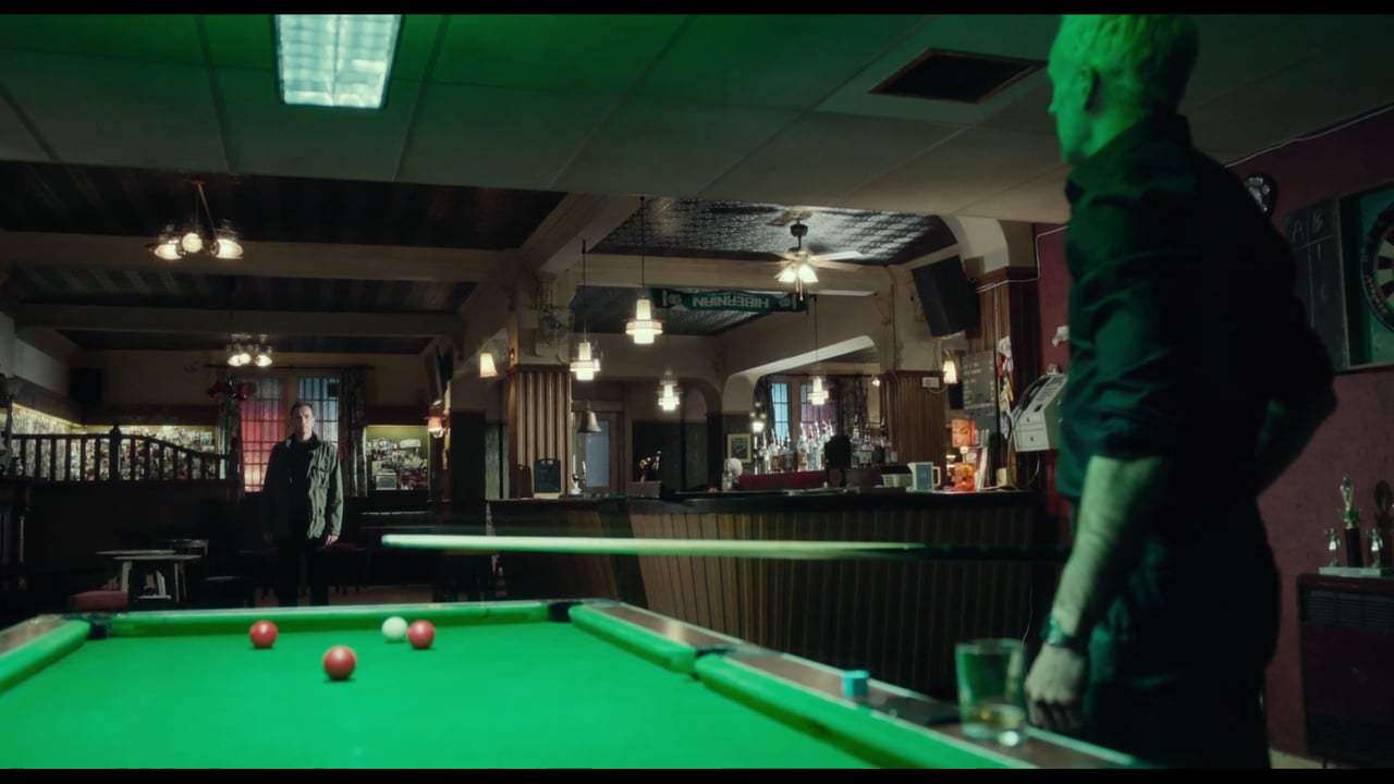 T2: Trainspotting (2017) - Sunshine Pub Reunion Screen Capture #1