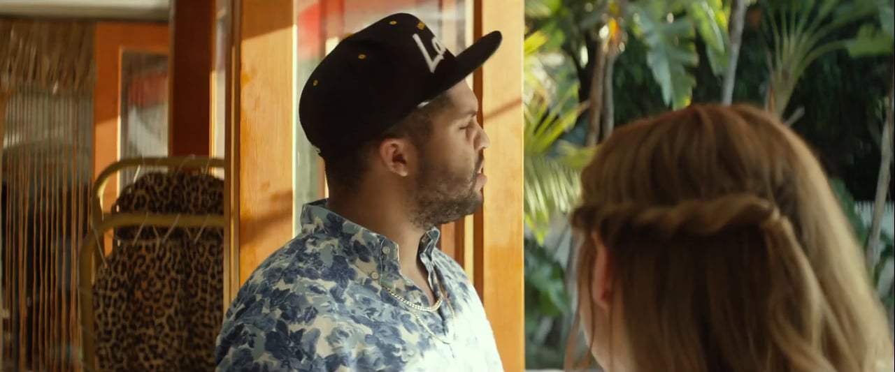 Ingrid Goes West Feature Trailer (2017) Screen Capture #3