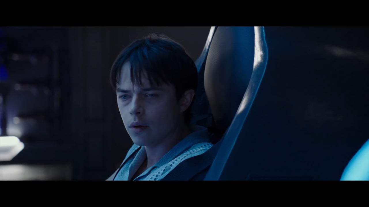 Valerian and the City of a Thousand Planets (2017) - Leaving Exo Space Screen Capture #3