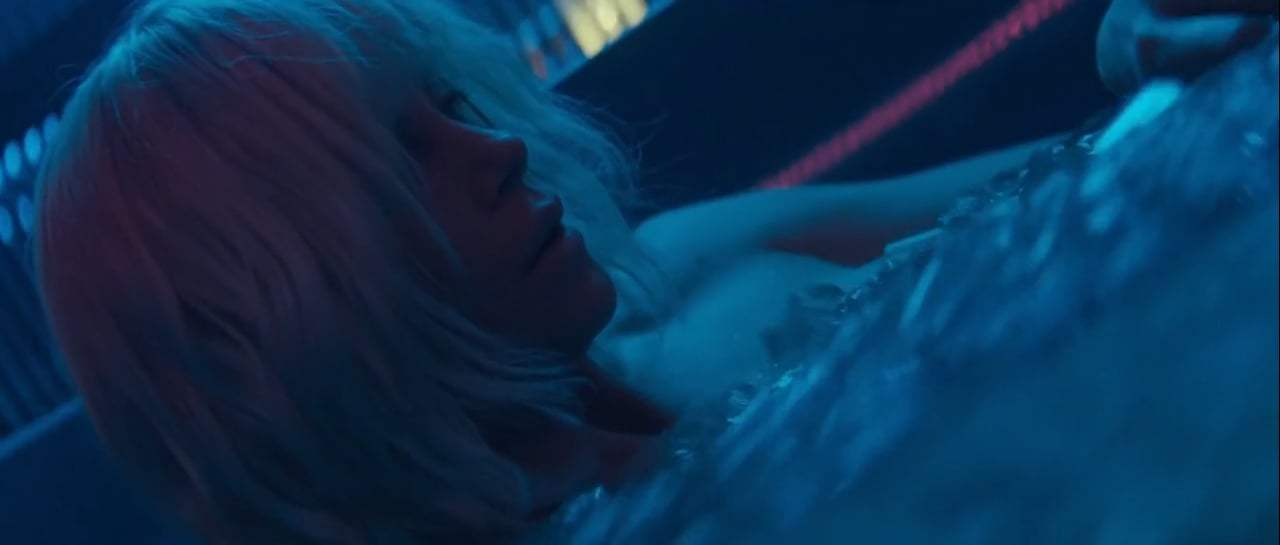 Atomic Blonde (2017) - Blue Monday Screen Capture #1