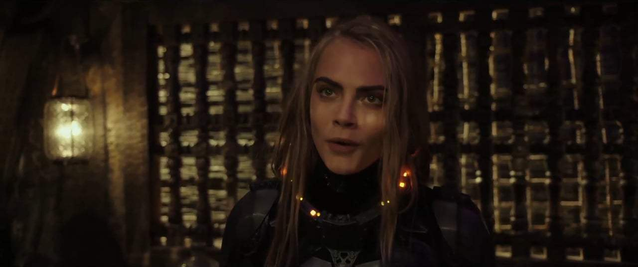 Valerian and the City of a Thousand Planets (2017) - Boulan Bathor Couturier Screen Capture #1