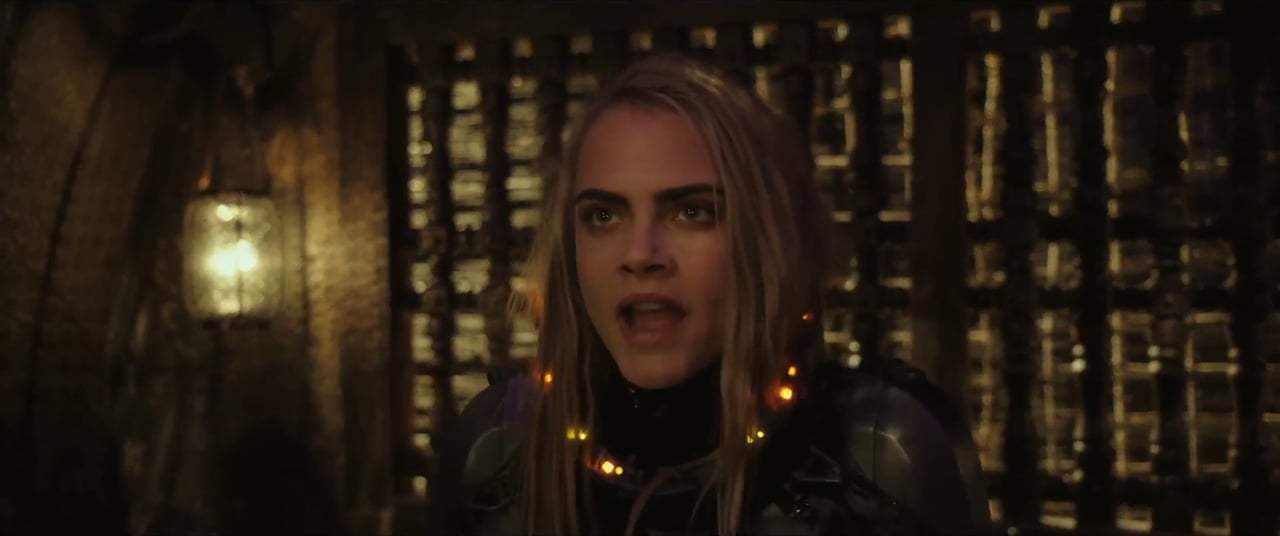 Valerian and the City of a Thousand Planets (2017) - Boulan Bathor Couturier Screen Capture #3