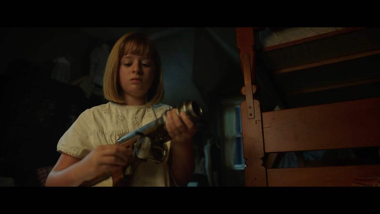 Annabelle: Creation (2017) - Toy Gun Screen Capture #1