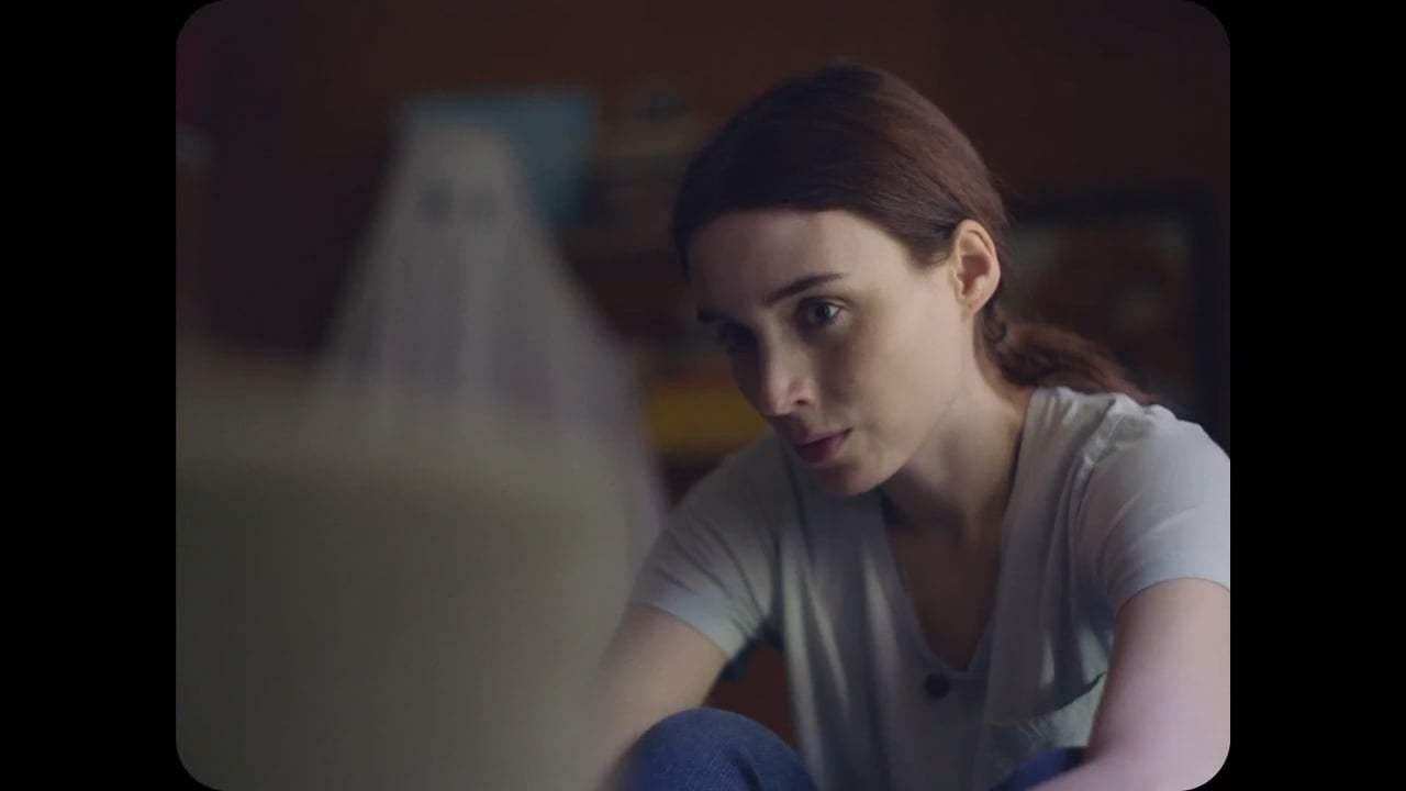 A Ghost Story (2017) - Stay Screen Capture #2