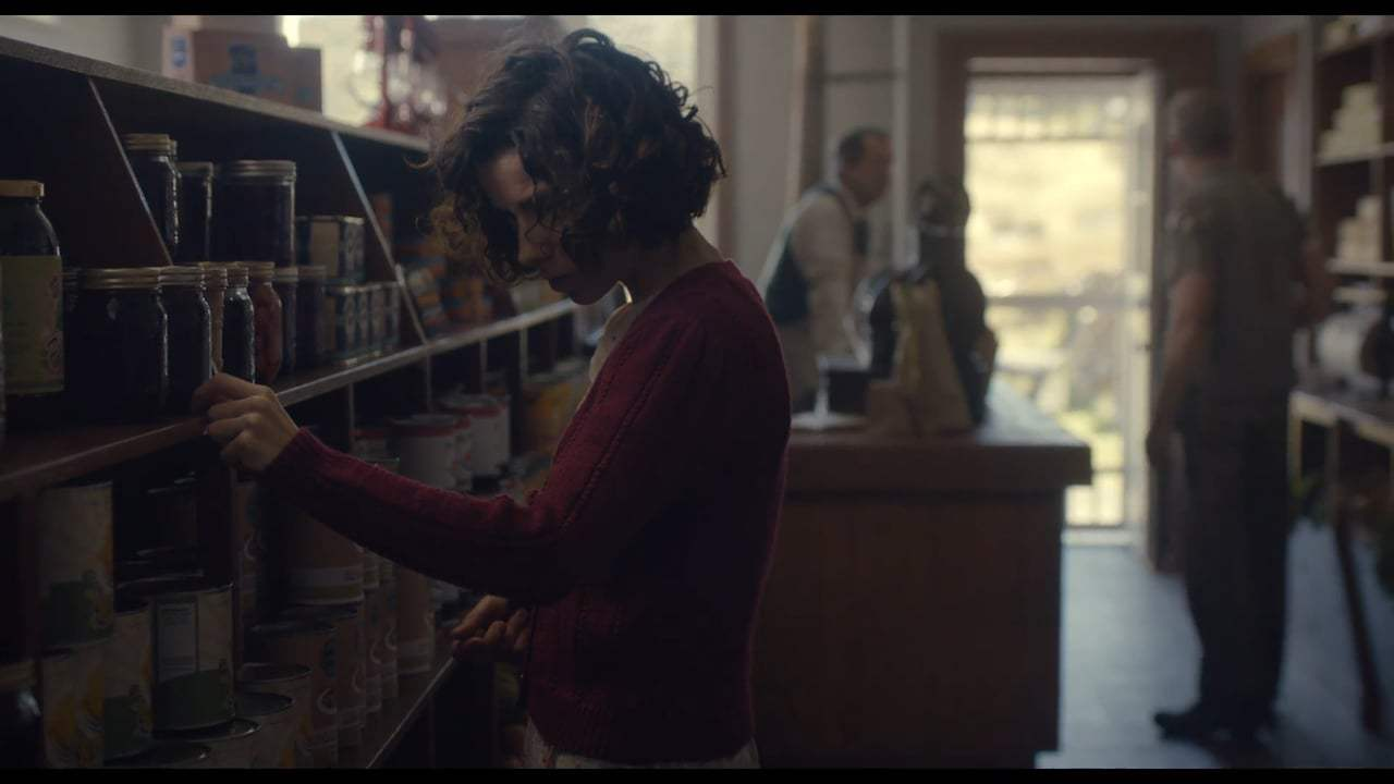 Maudie (2017) - Grocery Store Screen Capture #2