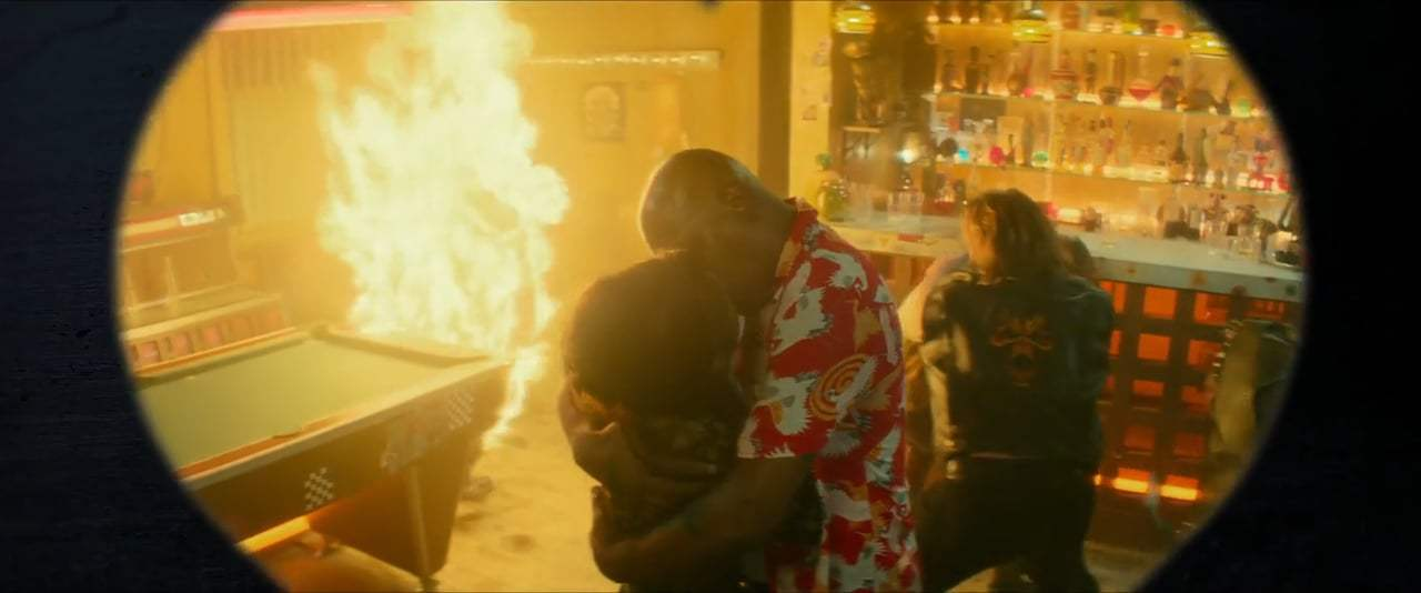 The Hitman's Bodyguard Red Band TV Spot - Romance Awareness Month (2017) Screen Capture #4