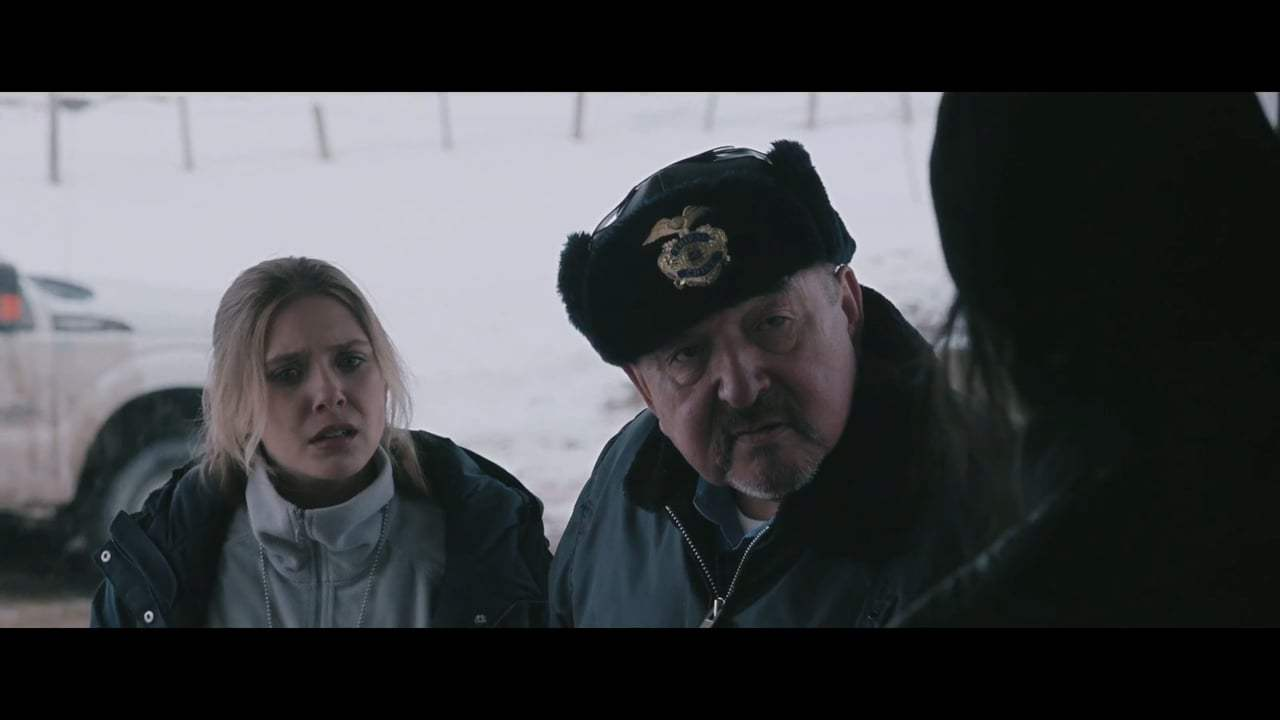 Wind River (2017) - Mace Screen Capture #2