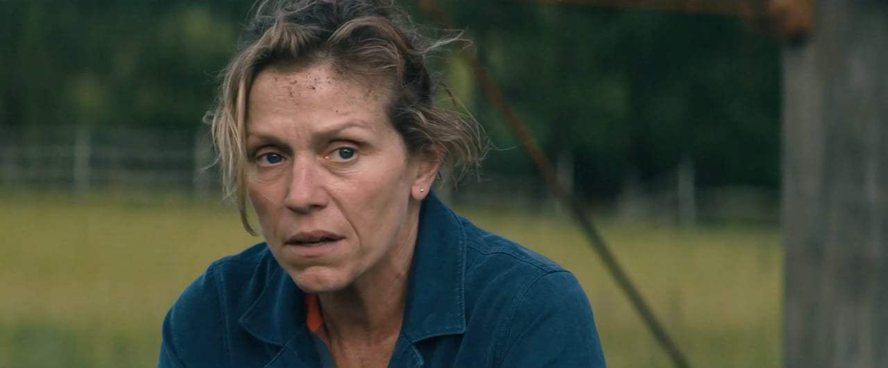 Three Billboards Outside Ebbing, Missouri Trailer (2017) Screen Capture #4