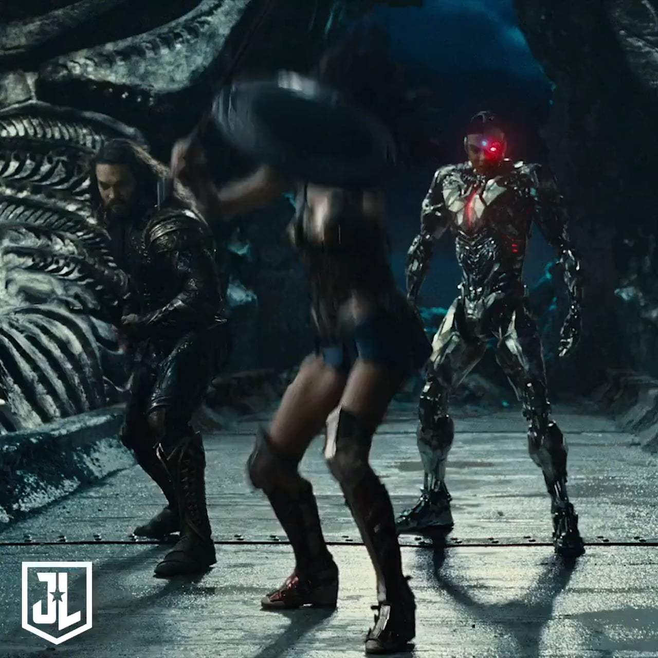 Justice League Featurette - Casting Wonder Woman (2017) Screen Capture #3