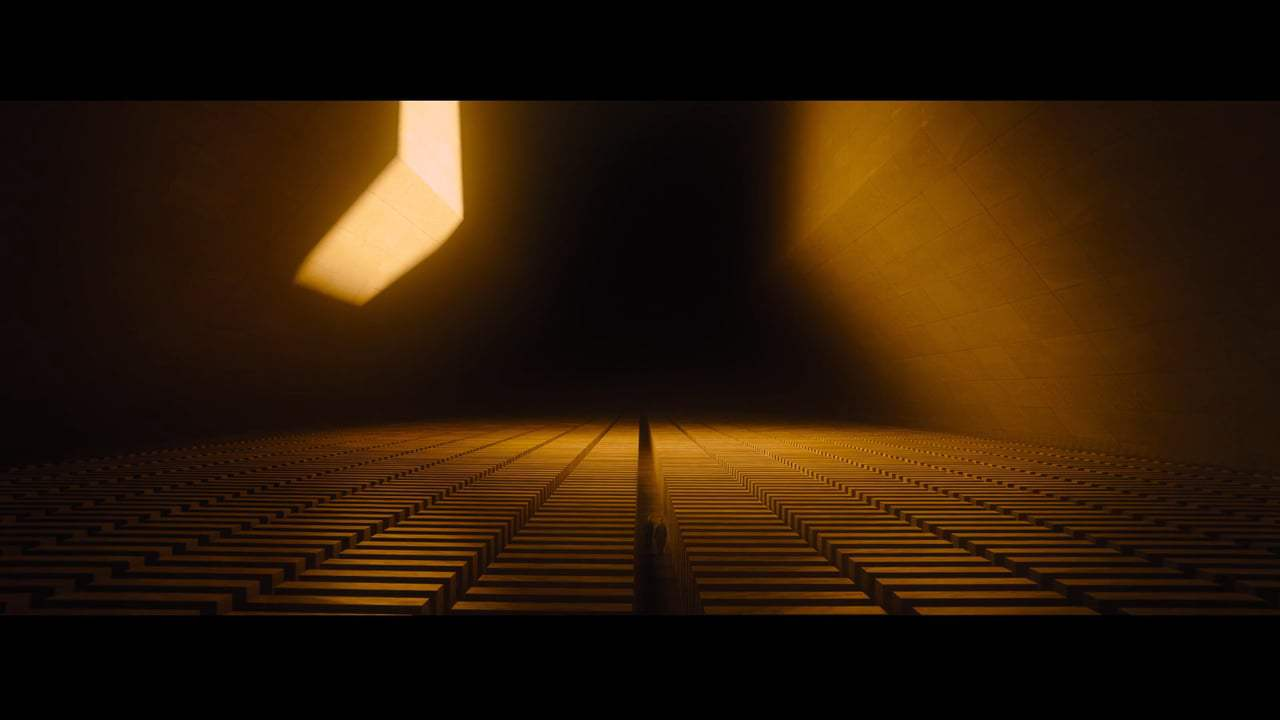 Blade Runner 2049 Featurette - Luv (2017) Screen Capture #2