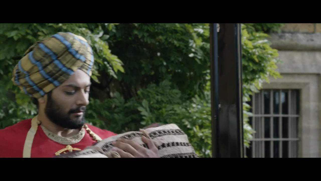 Victoria and Abdul Featurette - Story (2017) Screen Capture #2