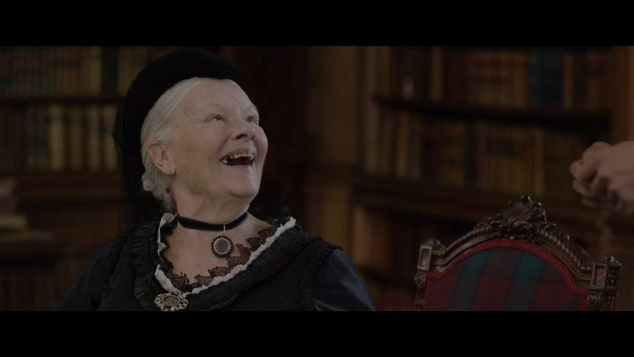 Victoria and Abdul Featurette - Story (2017) Screen Capture #4