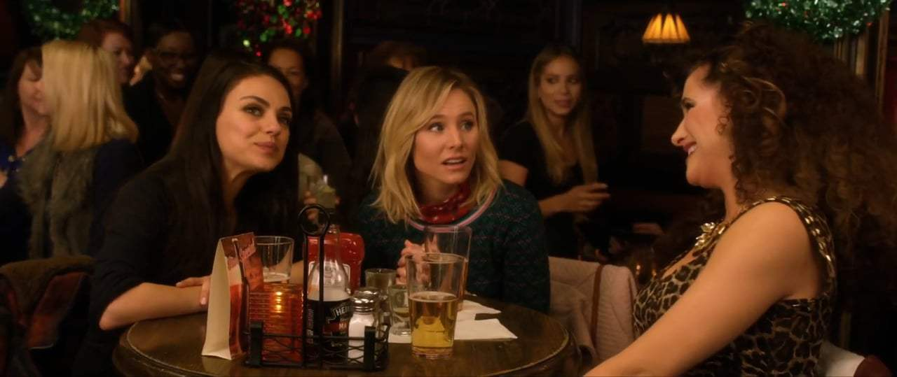 A Bad Mom's Christmas (2017) - First Date With Santa Number 2 Screen Capture #1