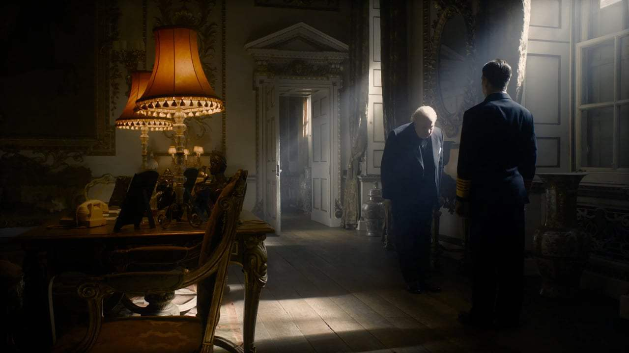 Darkest Hour (2017) - Your Majesty Screen Capture #4