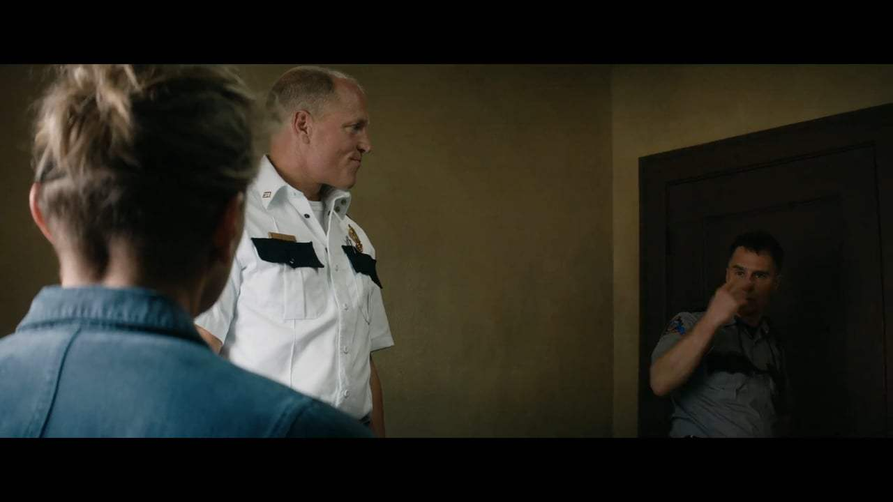 Three Billboards Outside Ebbing, Missouri Featurette - A Town of Characters (2017) Screen Capture #3