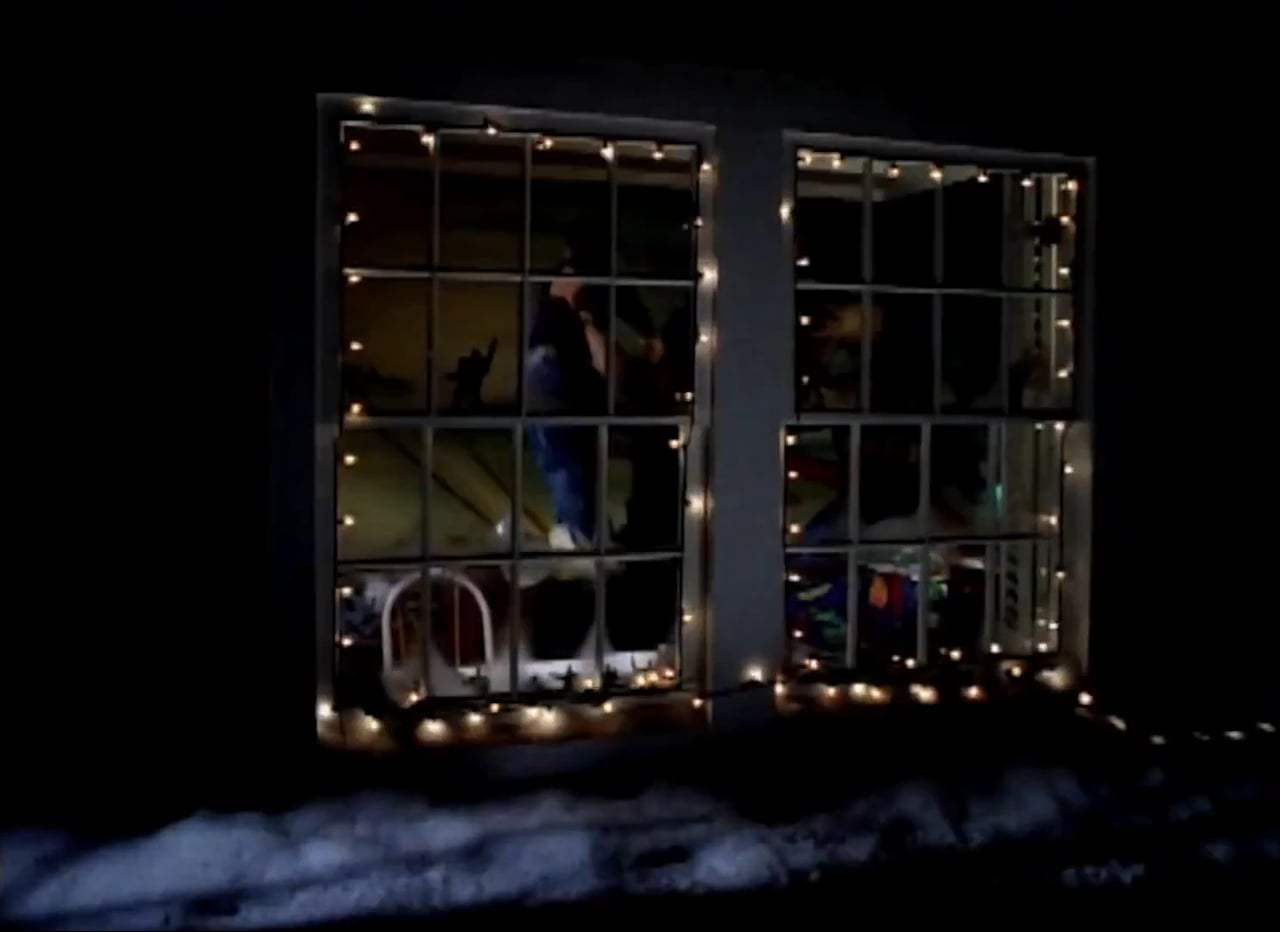 Jingle All the Way Trailer (1996) Screen Capture #1