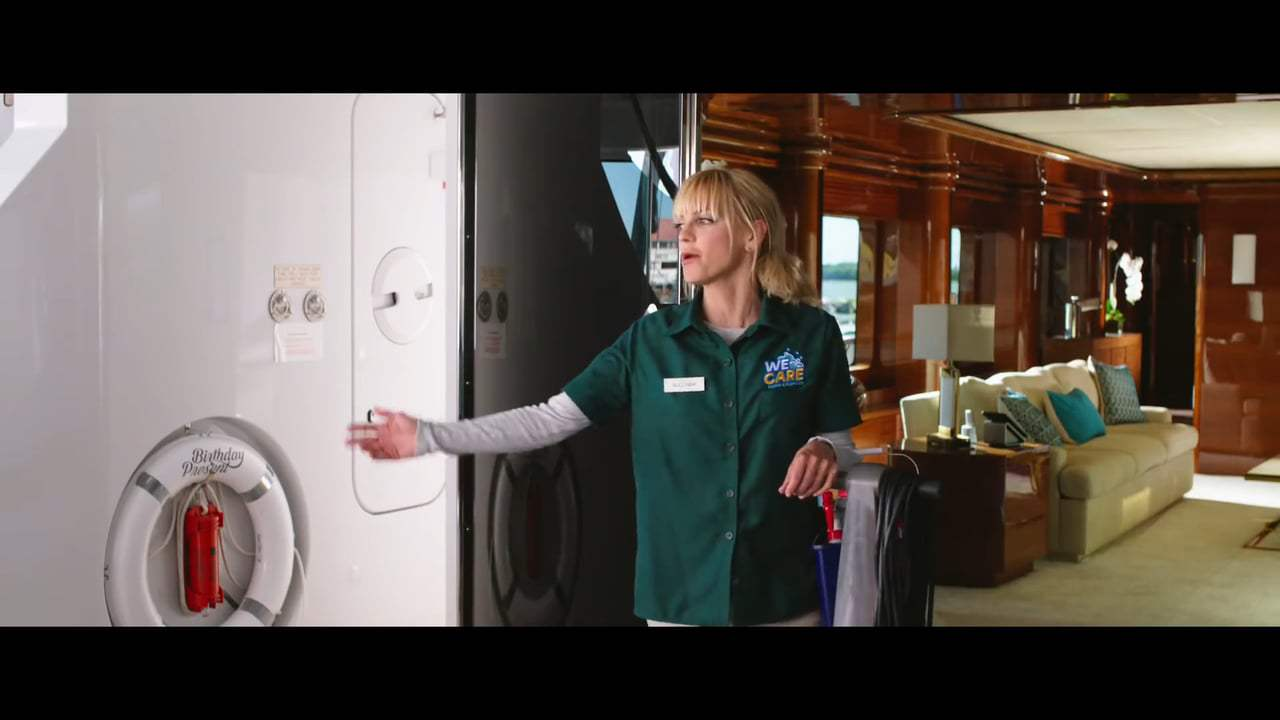 Overboard Trailer (2018) Screen Capture #2