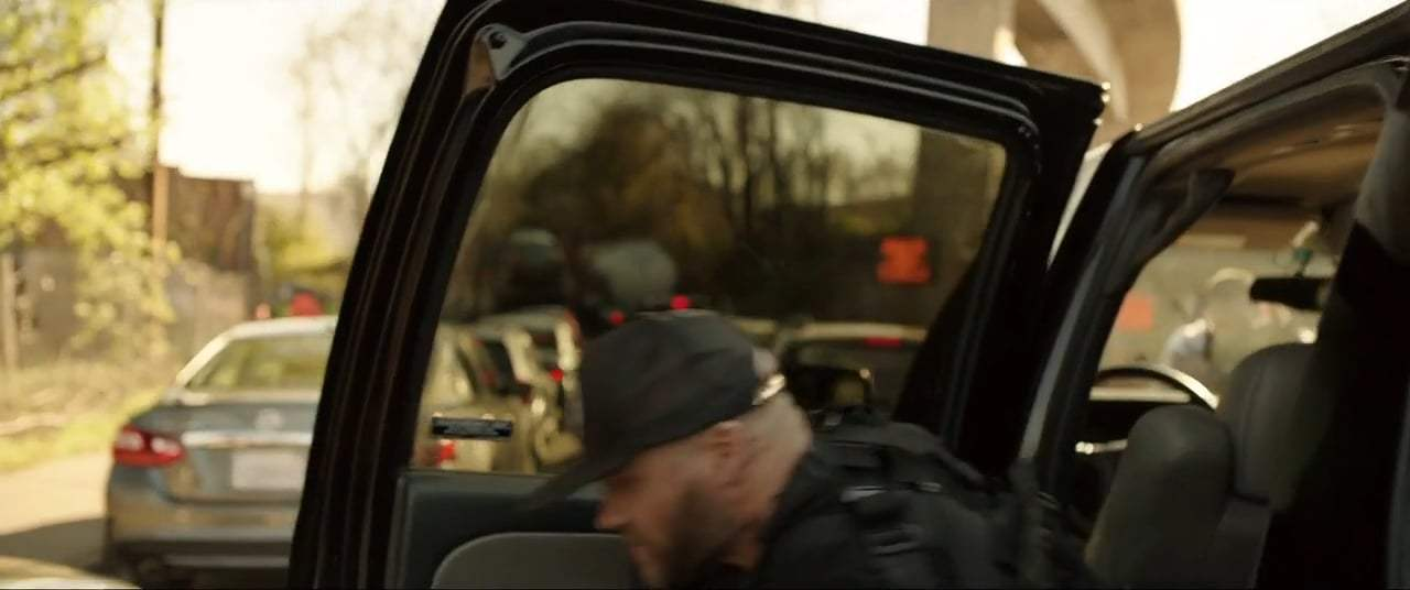 Den of Thieves (2018) - We Got 'Em Pinched Screen Capture #4