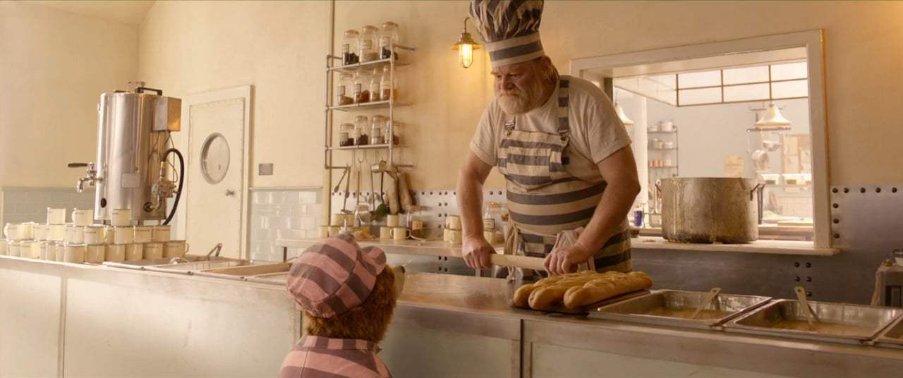 Paddington 2 (2018) - Prison Canteen Screen Capture #2