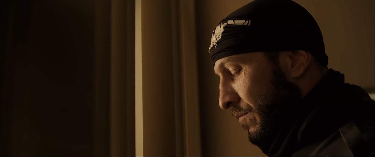 Den of Thieves (2018) - I Didn't Bring My Cuffs Screen Capture #4