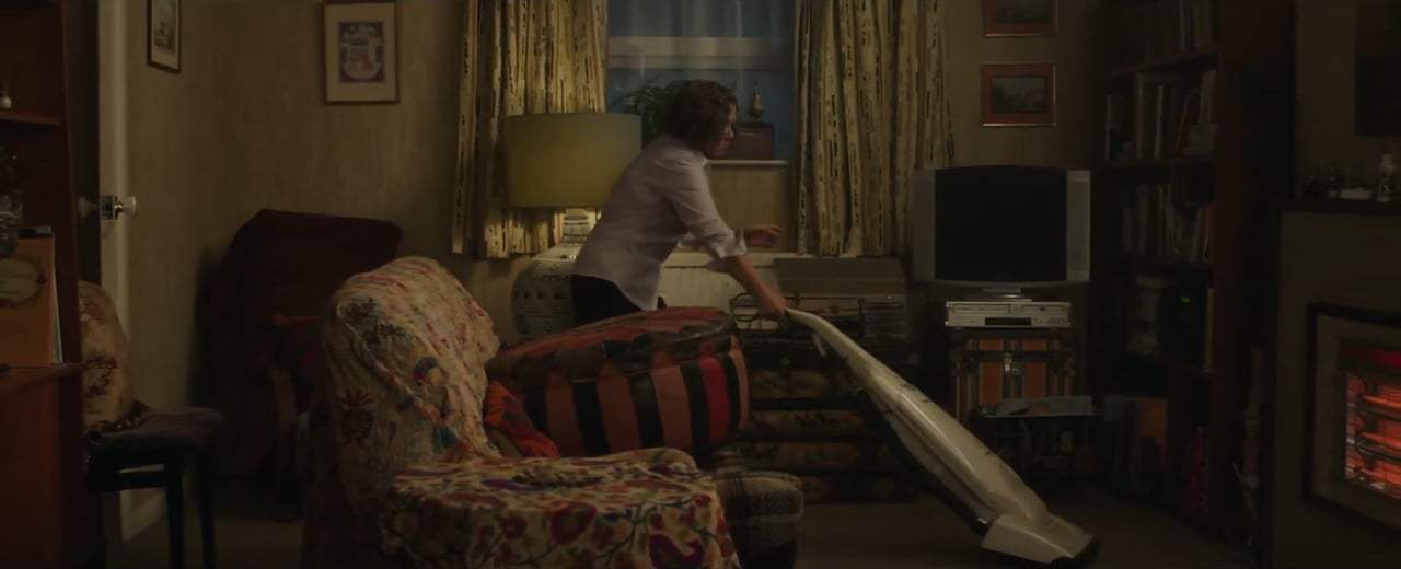 Finding Your Feet (2017) - Sandra Finds Her Feet Screen Capture #1