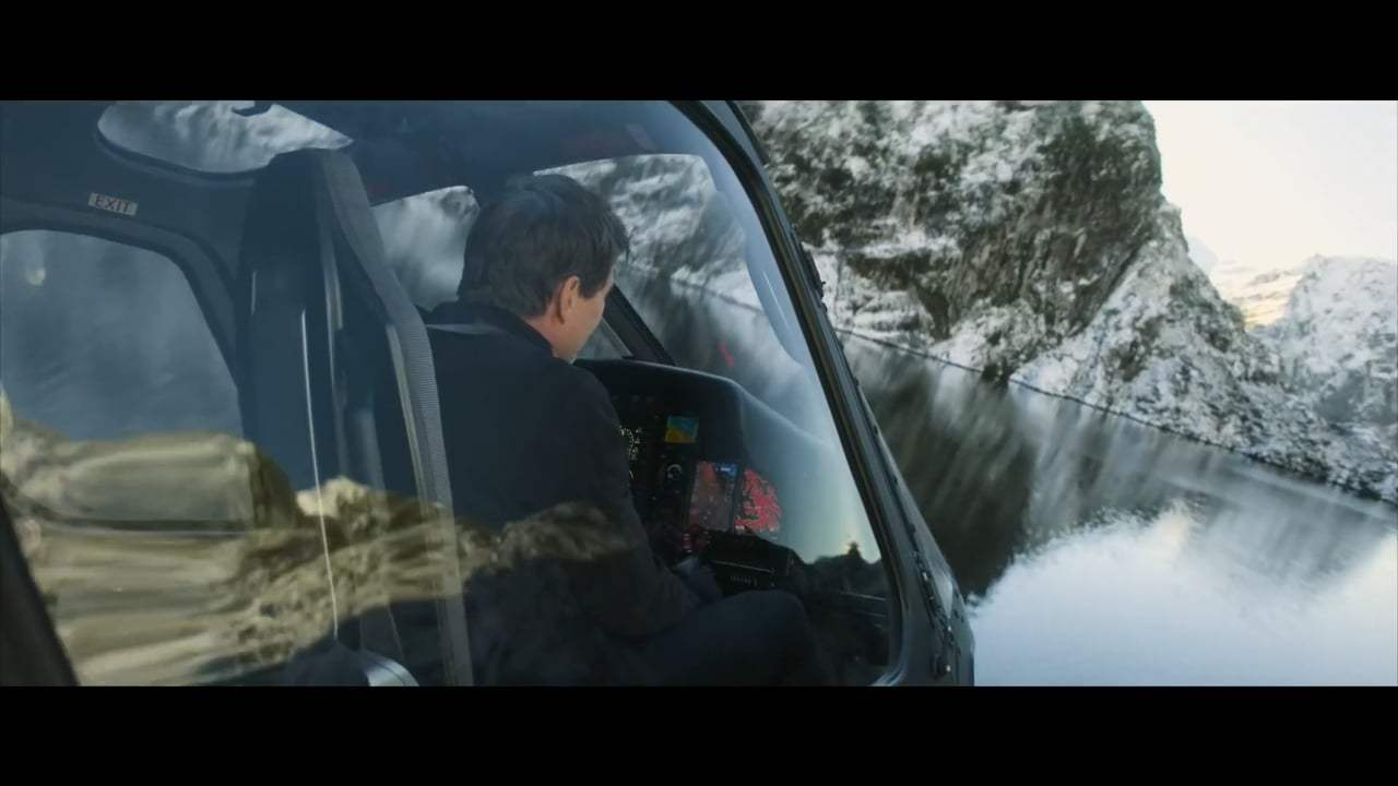 Mission: Impossible - Fallout Featurette - Helicopter Stunt (2018) Screen Capture #4