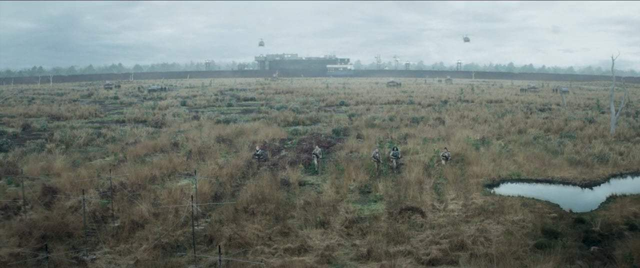 Annihilation (2018) - Entering the Shimmer Screen Capture #2