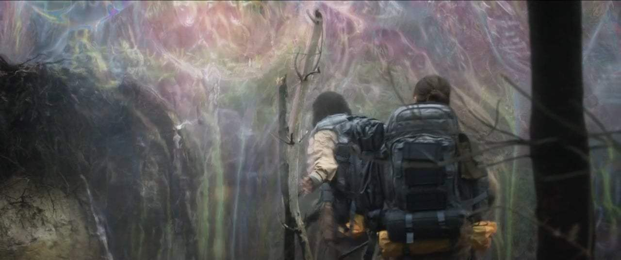 Annihilation (2018) - Entering the Shimmer Screen Capture #4