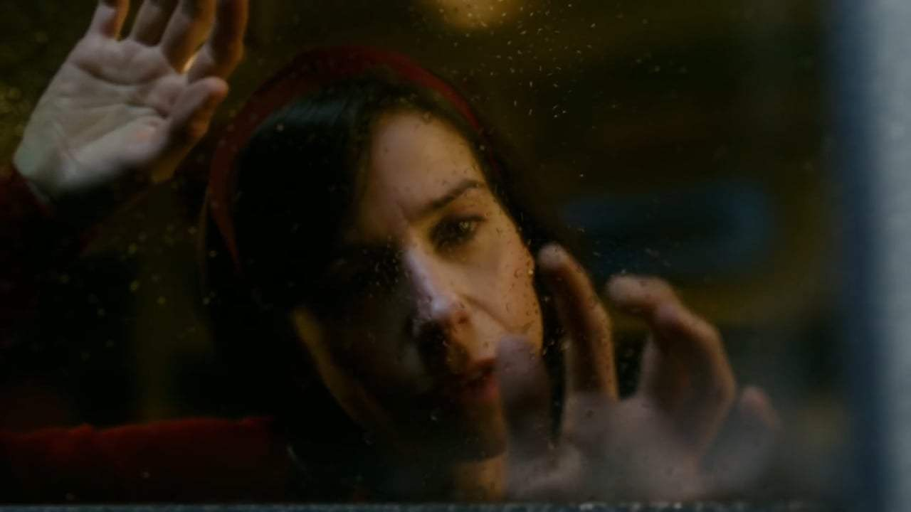 The Shape of Water TV Spot - Embrace (2017) Screen Capture #2