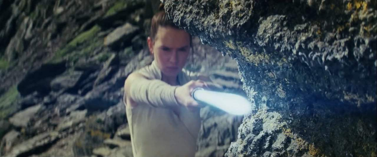 Star Wars: Episode VIII - The Last Jedi DVD Trailer (2017) Screen Capture #2