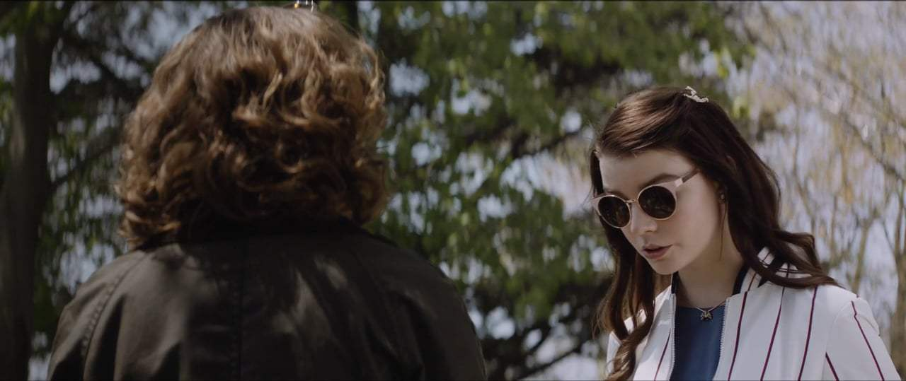 Thoroughbreds (2017) - We Should Do It Screen Capture #2
