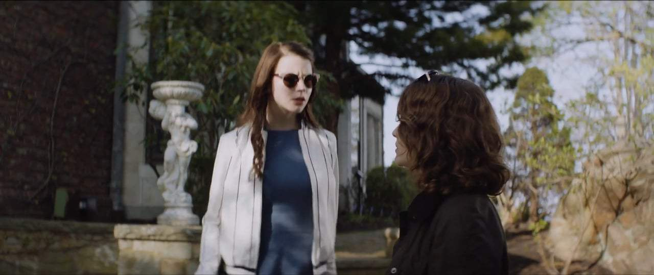 Thoroughbreds (2017) - We Should Do It Screen Capture #3
