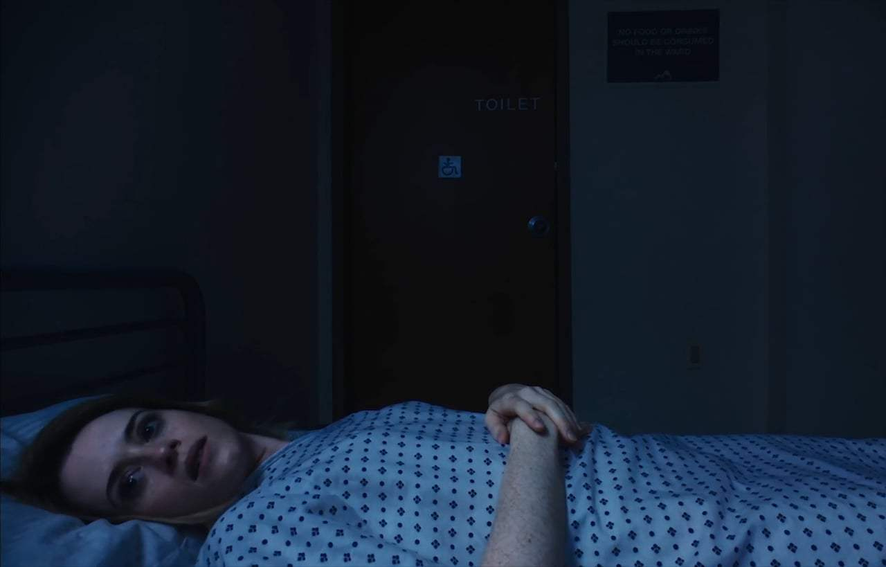 Unsane (2018) - Violet Screen Capture #1