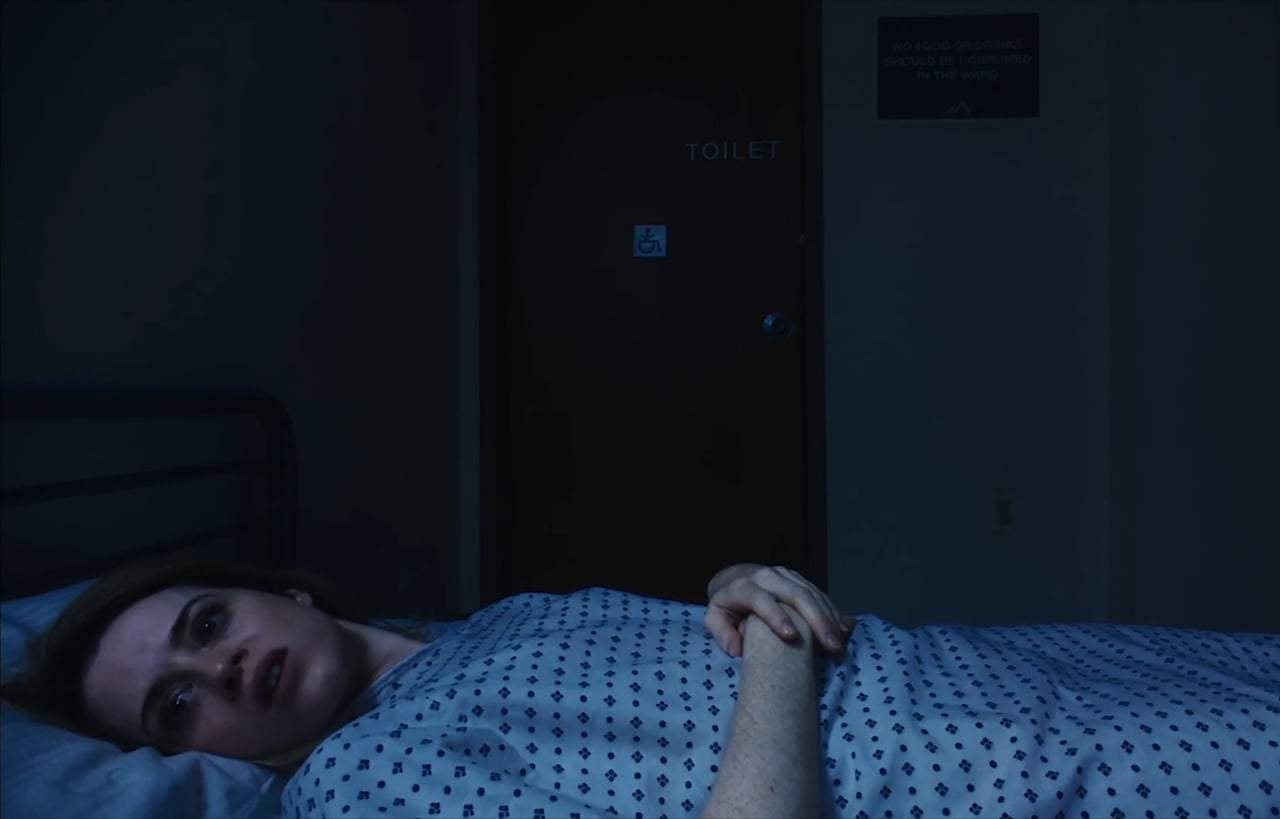 Unsane (2018) - Violet Screen Capture #3