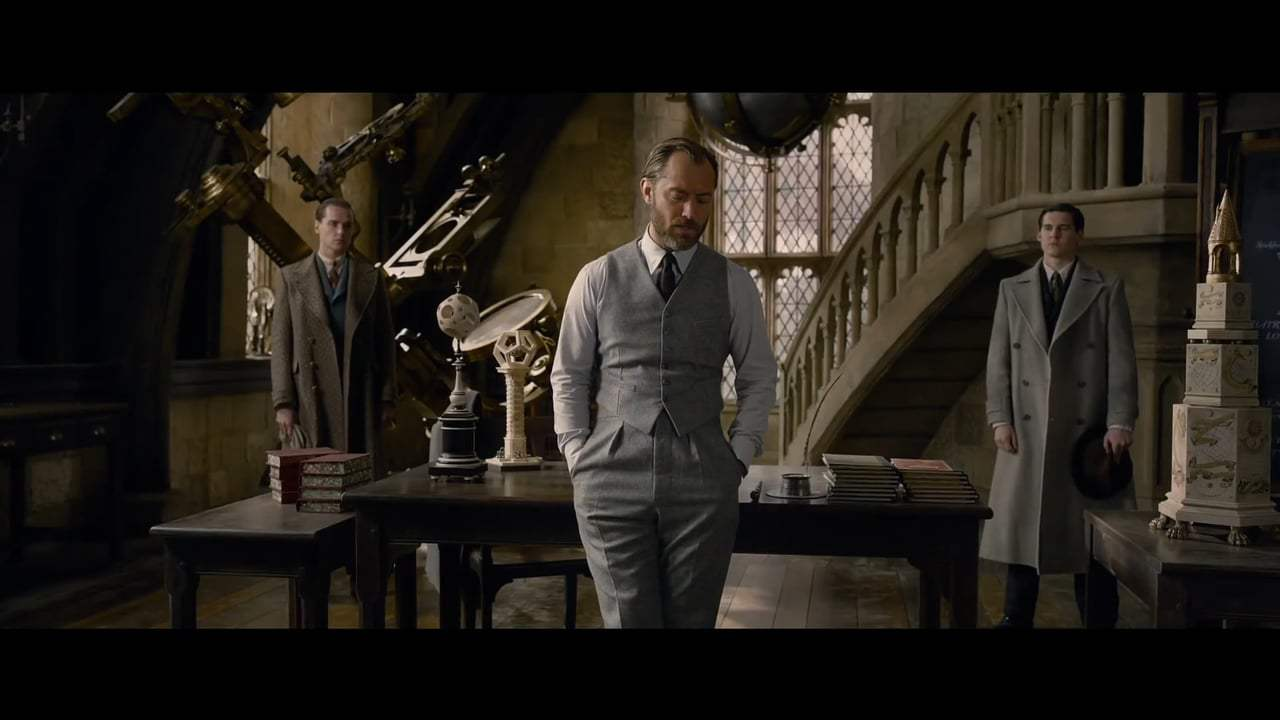 Fantastic Beasts: The Crimes of Grindelwald Trailer (2018) Screen Capture #2