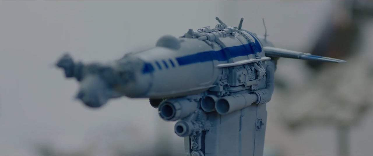 Star Wars: Episode VIII - The Last Jedi Featurette - Resistance Bomber Design (2017) Screen Capture #1