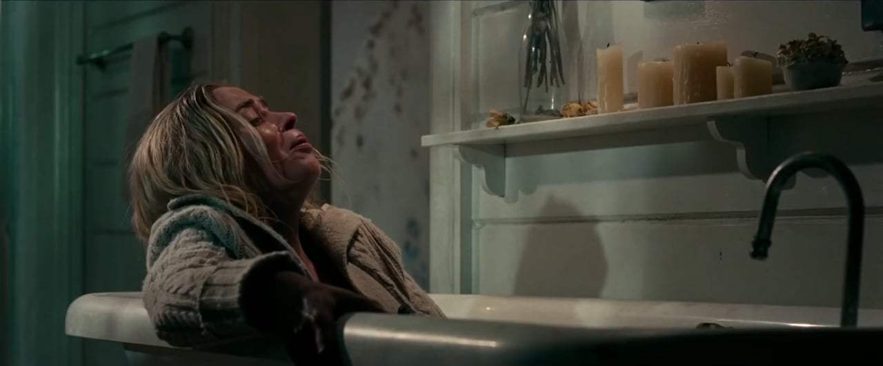 A Quiet Place (2018) - Bathtub Screen Capture #1
