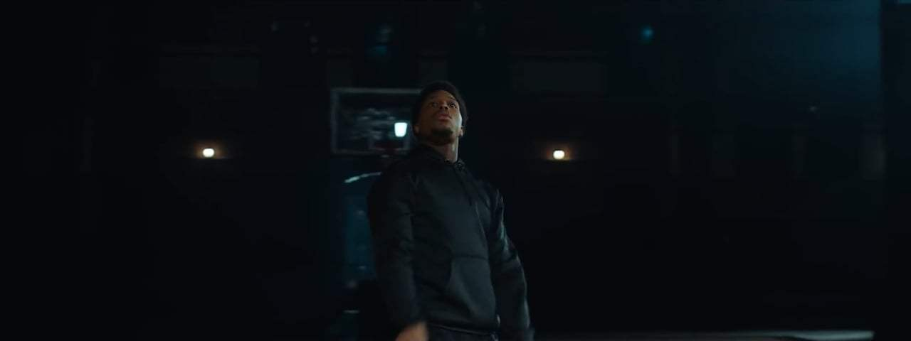 Jurassic World: Fallen Kingdom TV Spot - Kyle Lowry Finds A Way (2018) Screen Capture #3