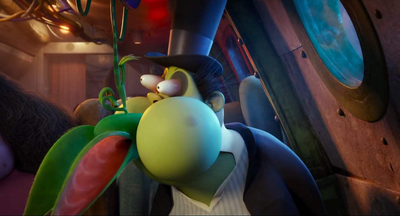 Hotel Transylvania 3: Summer Vacation (2018) - Gremlin Air Screen Capture #2