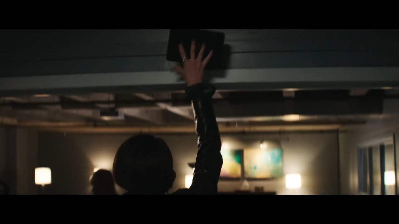Skyscraper Theatrical Trailer (2018) Screen Capture #2
