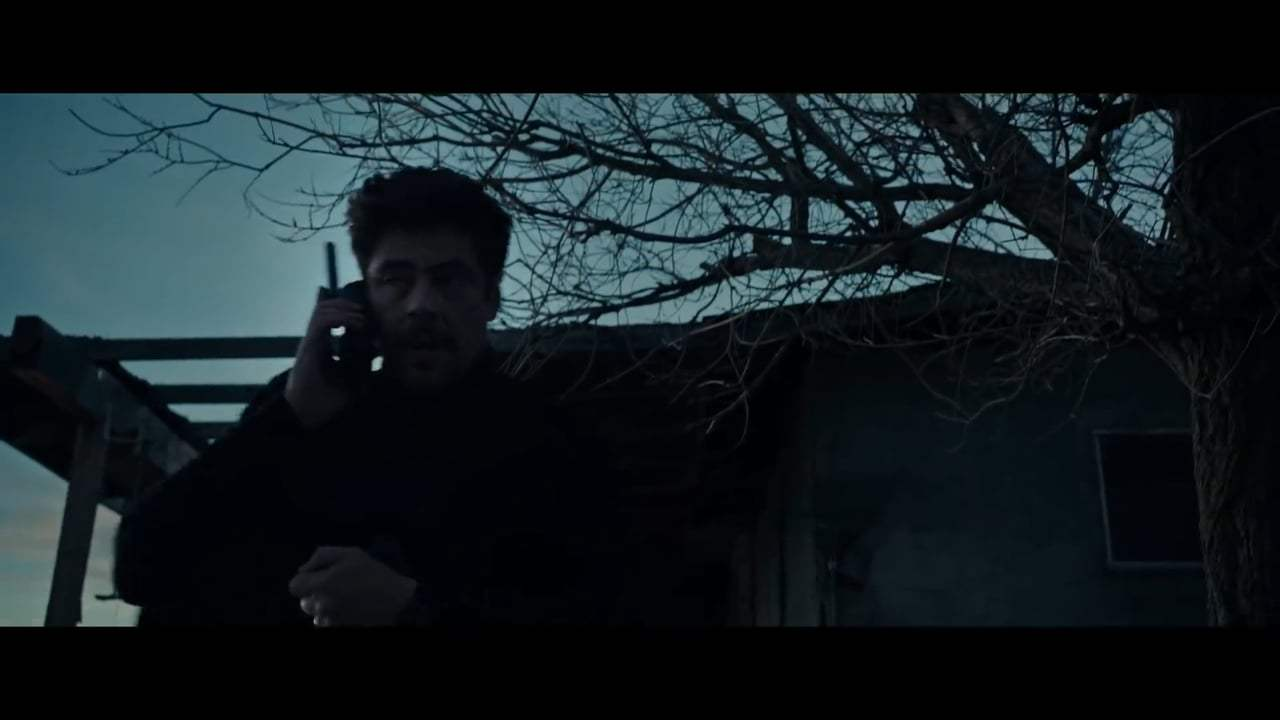 Sicario: Day of the Soldado (2018) - Clean the Scene Screen Capture #3