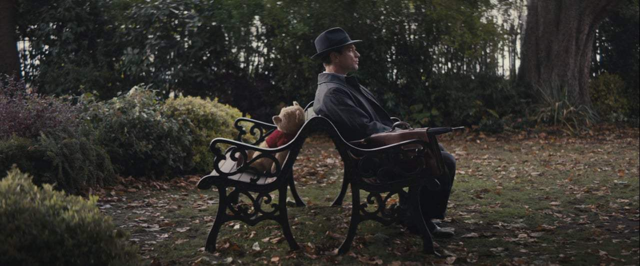Christopher Robin (2018) - What to Do Screen Capture #1