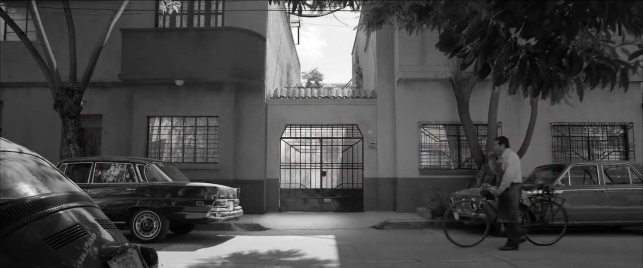 Roma Trailer (2018) Screen Capture #1