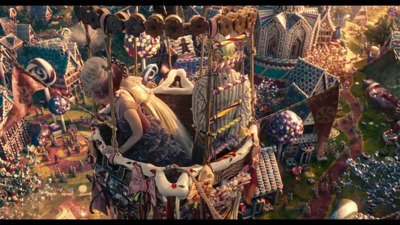 The Nutcracker and the Four Realms Featurette - Crafting the Realms (2018) Screen Capture #2