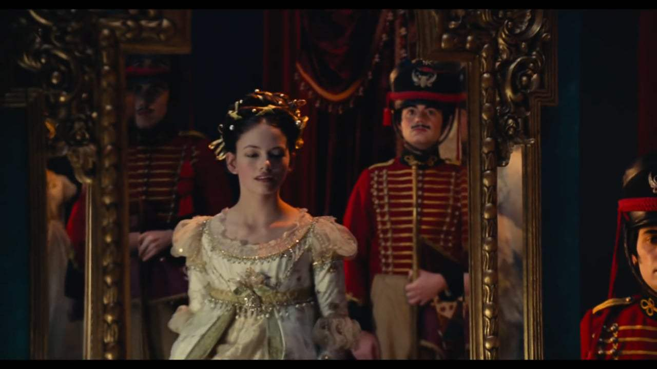 The Nutcracker and the Four Realms Featurette - Crafting the Realms (2018) Screen Capture #3