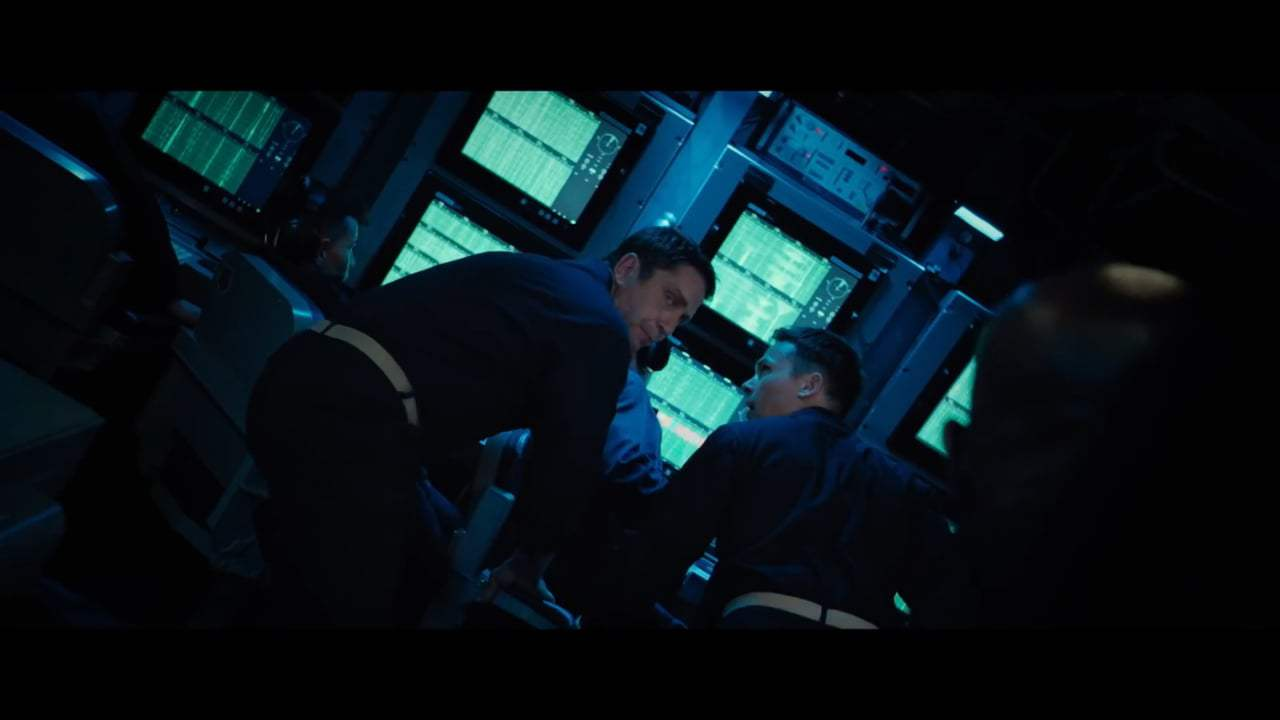 Hunter Killer Featurette - Beneath the Surface (2018) Screen Capture #4